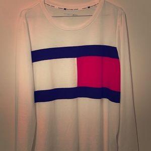 Women's Tommy Hilfiger long sleeve shirt